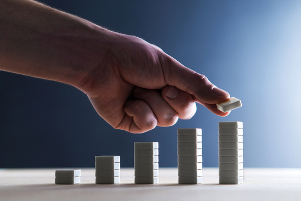 A leader demonstrates business growth by using the SCOTSMAN sales qualification methodology